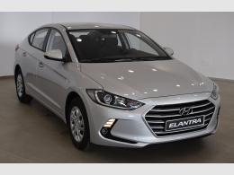Hyundai Elantra segunda mano Huesca
