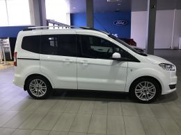 Ford Tourneo Courier segunda mano Barcelona
