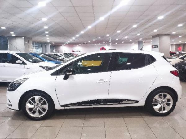 Renault Clio 0.9 TCE ENERGY LIMITED 66KW 90 5P NAVI nuevo Barcelona